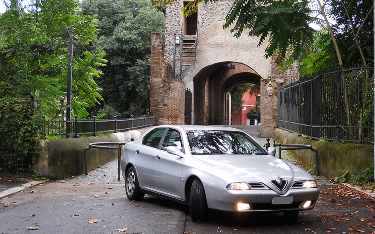 Alfa Romeo 166 2.0 V6 Turbo